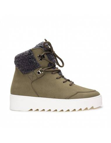 Warm Vegan Boot for Woman lined in...